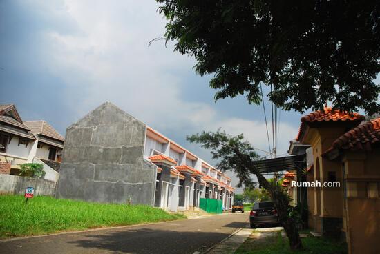 Lippo Village Taman Ubud Permata Timur  2415110